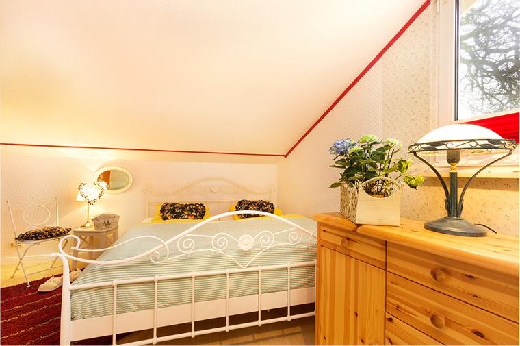 ferienhaus storchennest landurlaub und bauernhofurlaub auf der insel r gen. Black Bedroom Furniture Sets. Home Design Ideas